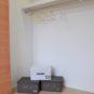 内装 洋室1の収納は、奥行きが約80cmあり、布団なども入れられる大きさがあります。
