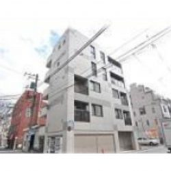 横浜市営地下鉄ブルーライン「坂東橋」駅徒歩5分、1989年築、5階建ての3階住戸、エレベーターあり。(外観)