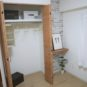 洋室(3)クローゼット横に、カウンターを設置。パソコンデスクとして、絵やグリーンを飾ったり出来ます。