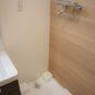洗濯にも「お湯」が使えます!洗濯の汚れ落ちが良くなります! 洗濯パンは、洗濯機の下の掃除が楽な高床式。