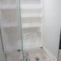 内装 3面鏡の収納スペースがあり、物がスッキリと収納出来ます。