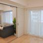 リビングに隣接した洋室はフローリング仕様、扉を開ければ約16帖の空間になります。