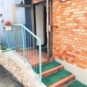 外観 4階にエントランスがあります。3階住戸のため、出入りには1フロア分の階段の上り下りが必要となります。